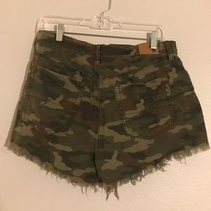 American Eagle Outfitters Shorts - American Eagle Camouflage Shorts. Size 10.